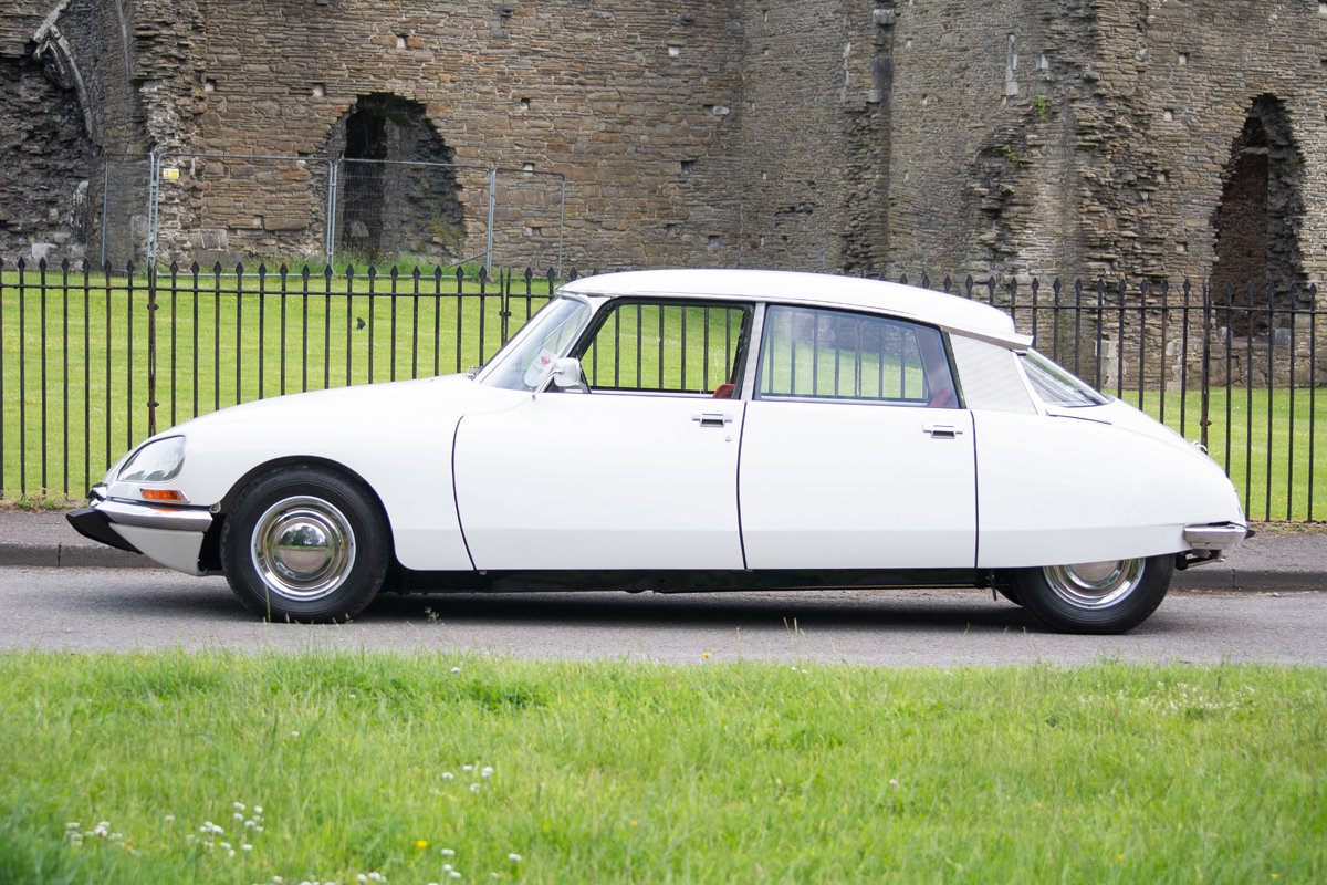 1973 Citroen DS Super 5 SOLD by Auction (picture 5 of 6)