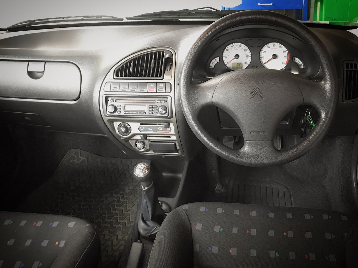2002 Citroen Saxo VTR - Two owner, 40k mile, unmodified For Sale (picture 2 of 6)