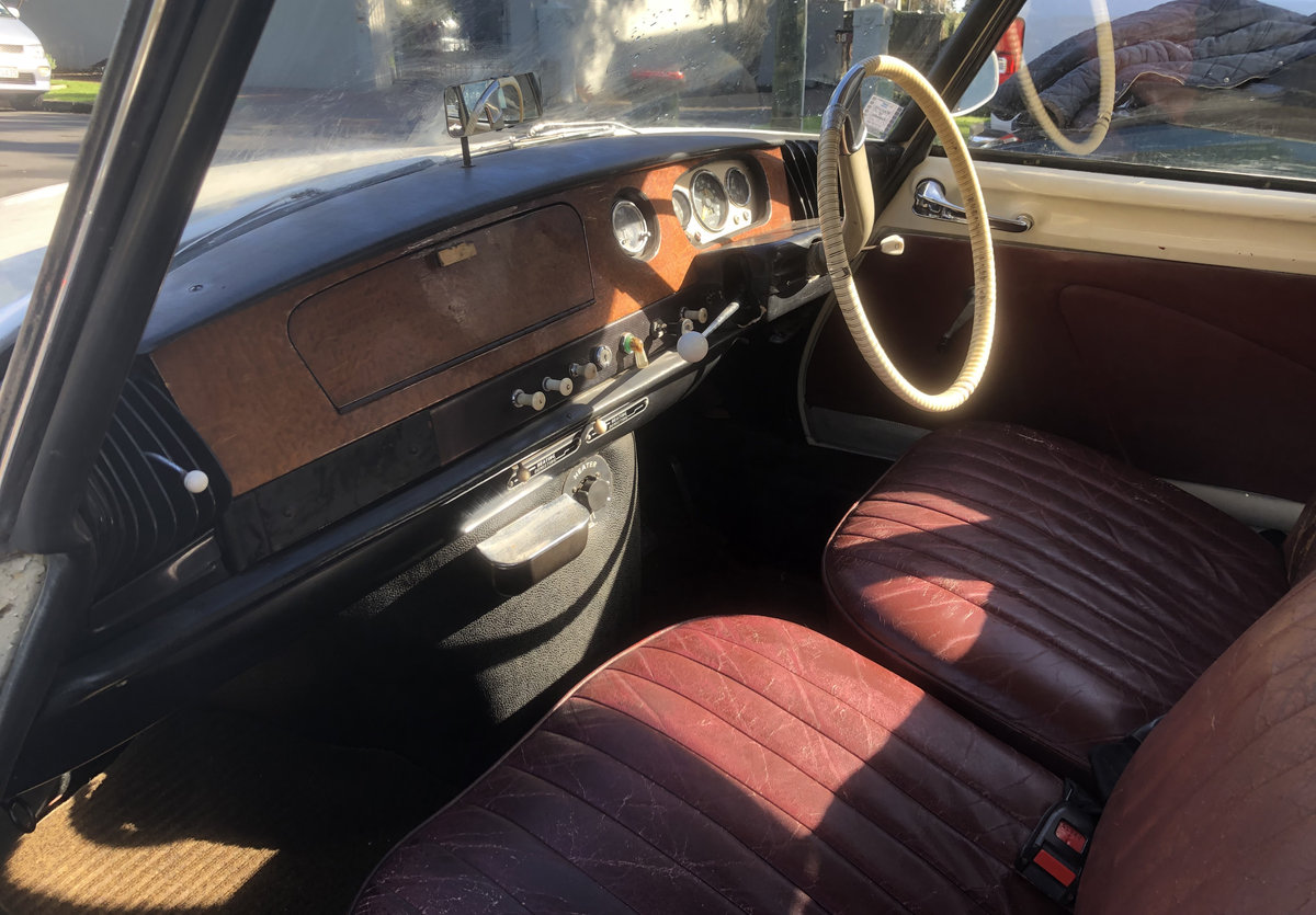 1963 Lovely RHD Slough-built rare Citroen ID19 For Sale (picture 2 of 5)