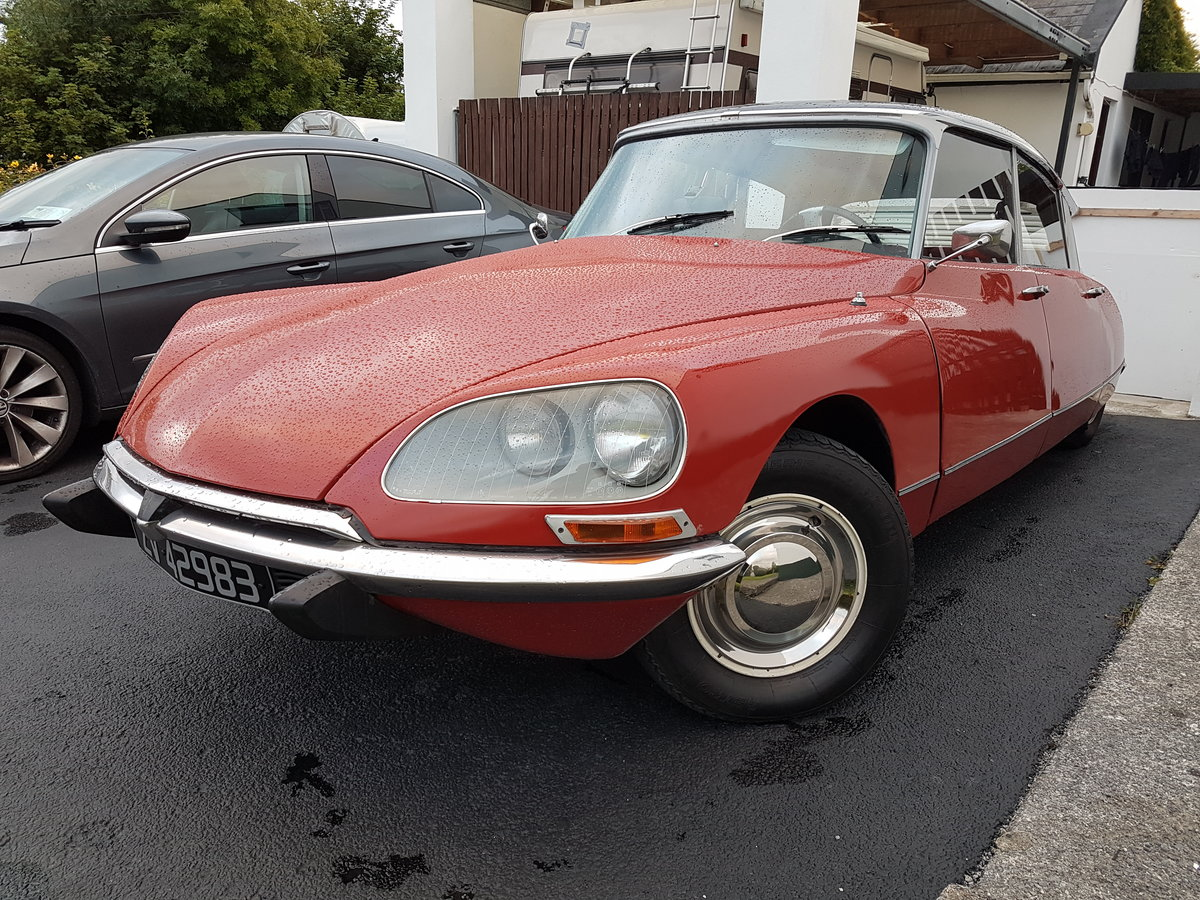 1971 Citroen DS SOLD (picture 1 of 6)