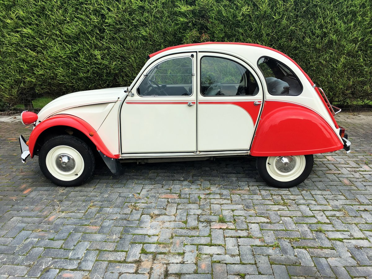 1987 Citroen 2 CV6, great condition all over SOLD (picture 4 of 6)
