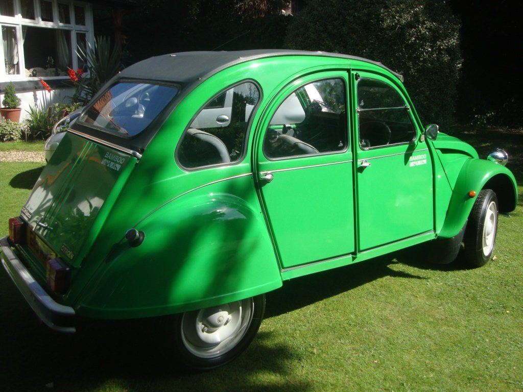 Citroen 2 CV Bamboo Special Edition 1987 For Sale (picture 2 of 6)