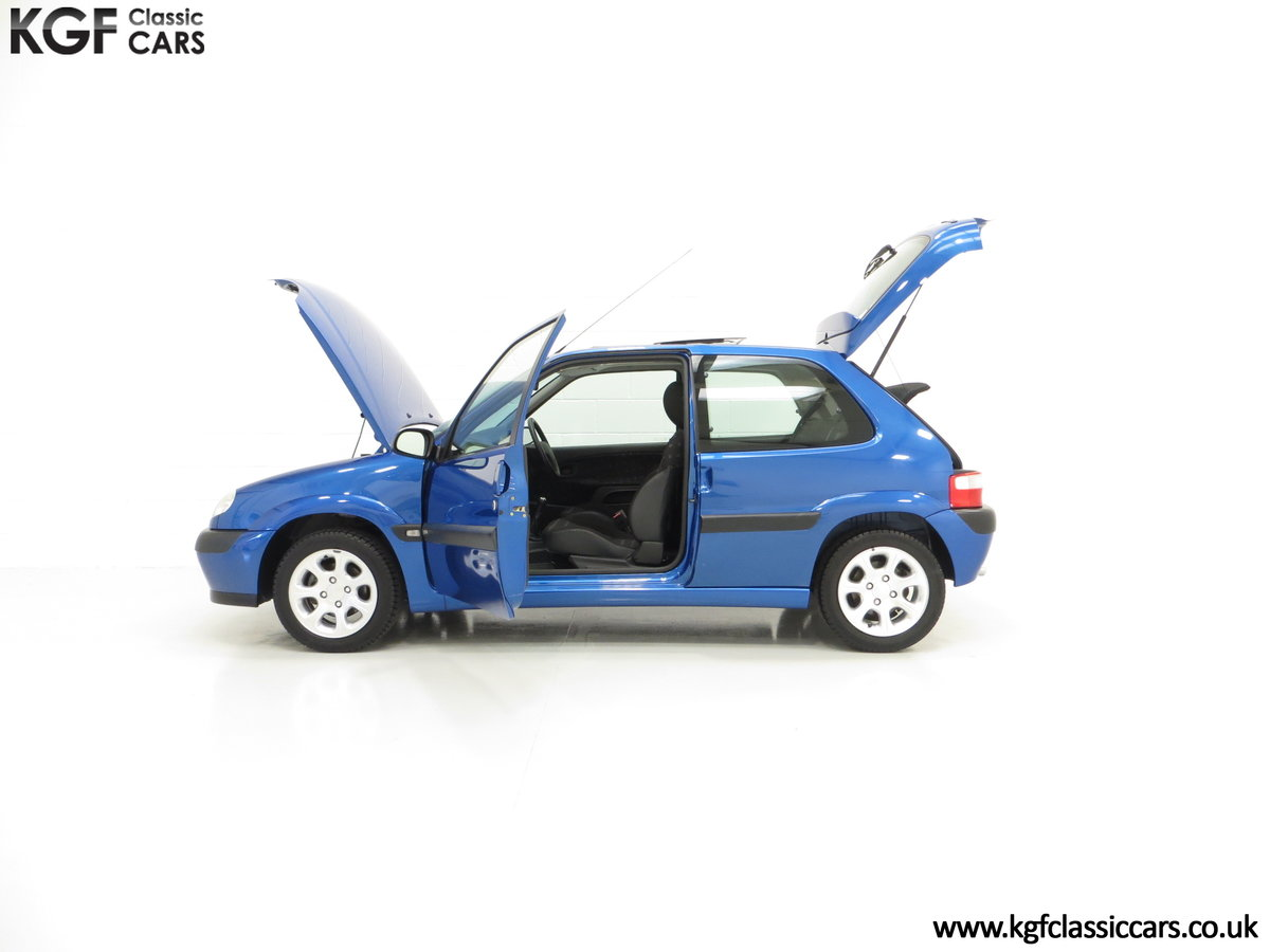 2003 A Tremendous Citroen Saxo VTR with 29,938 Miles For Sale (picture 3 of 6)