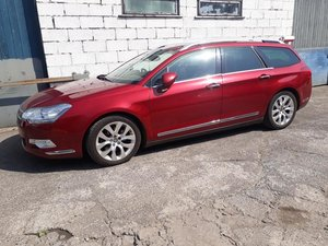 2008 CITROEN C5 TOURER 2.7HDI EXCLUSIVE IN RED.