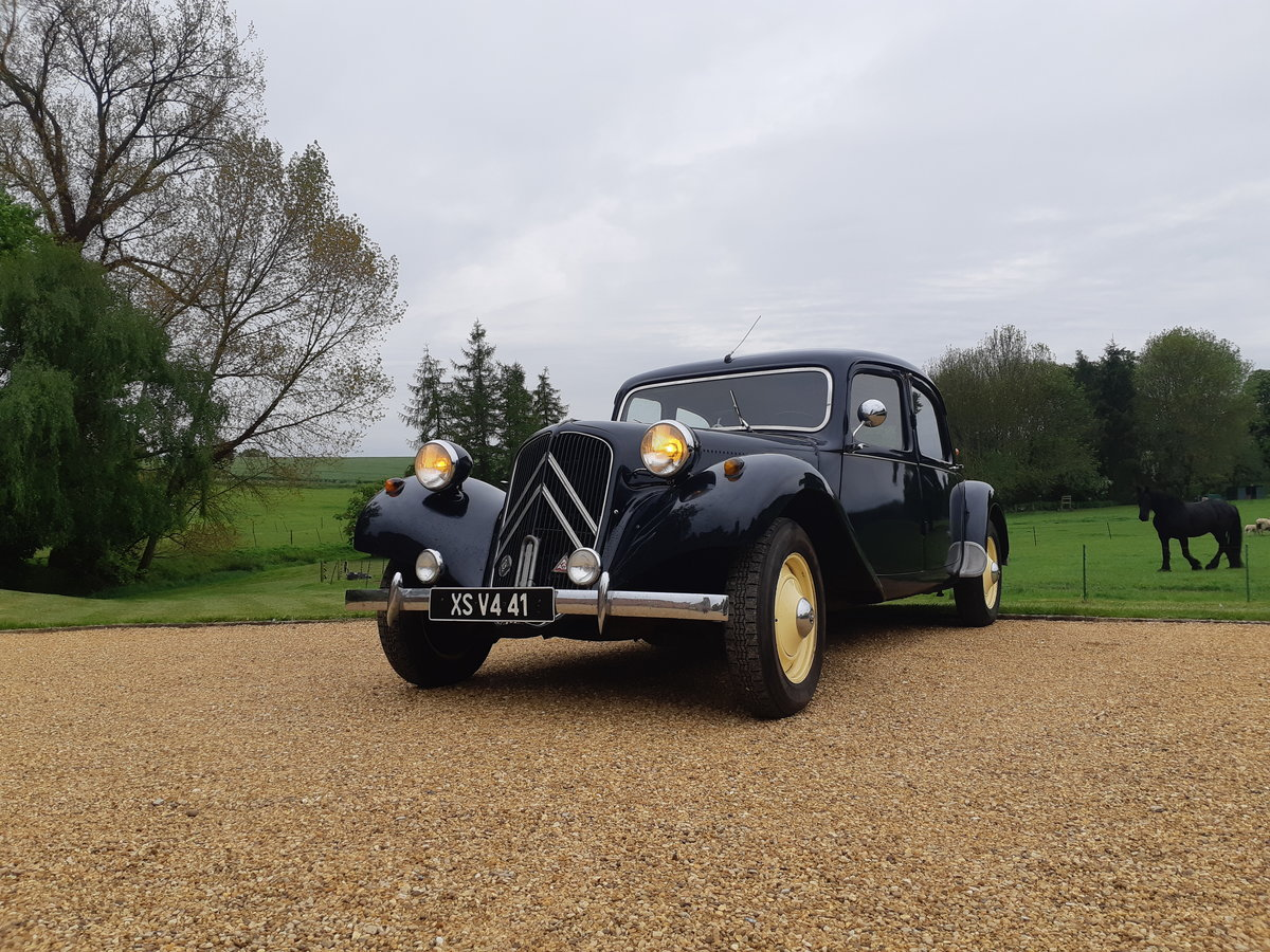 1954 Citroen Traction Avant SOLD (picture 1 of 3)