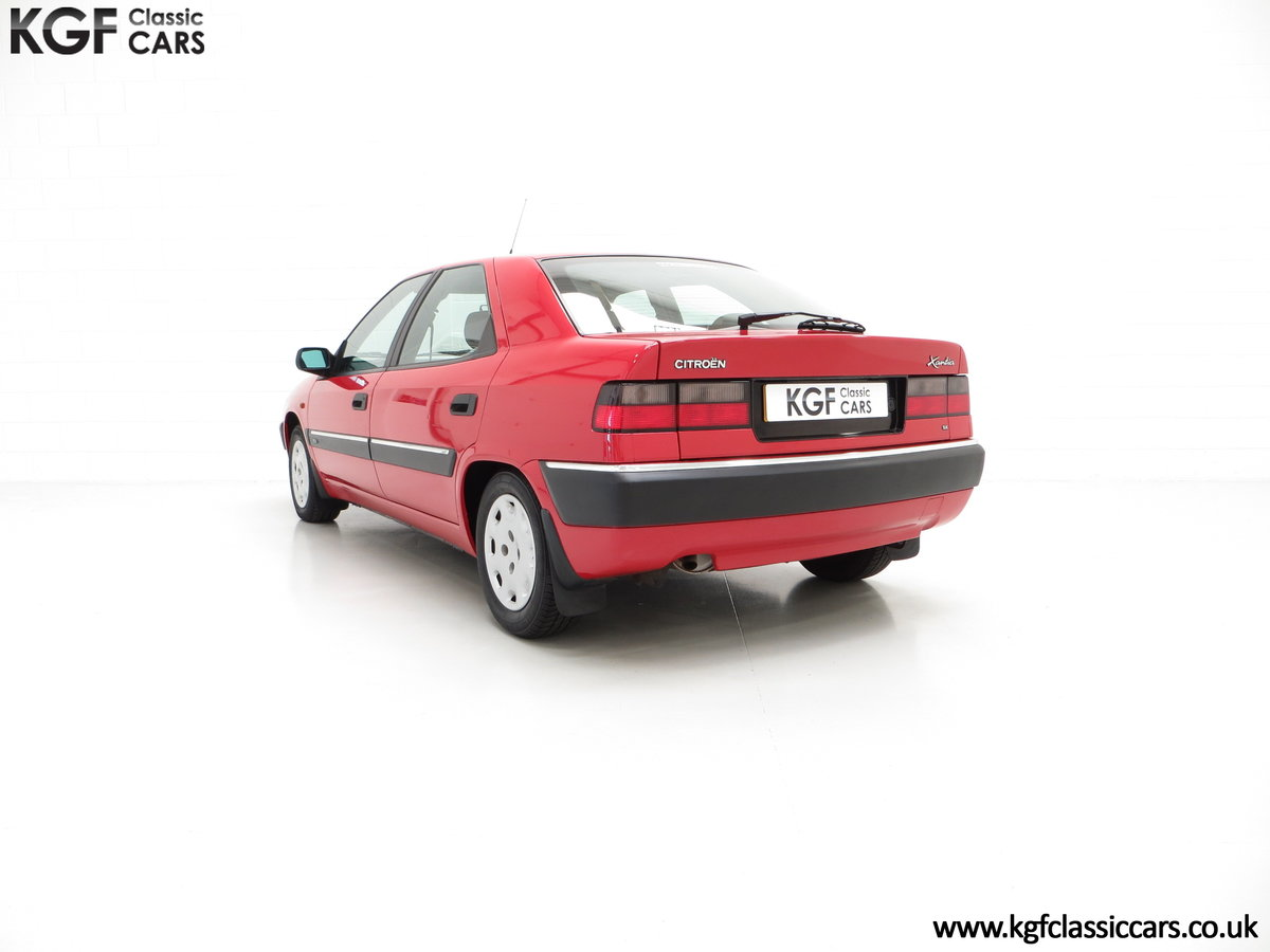 1994 A Rare Phase 1 Citroen Xantia 2.0i SX with 21,806 Miles. For Sale (picture 4 of 6)
