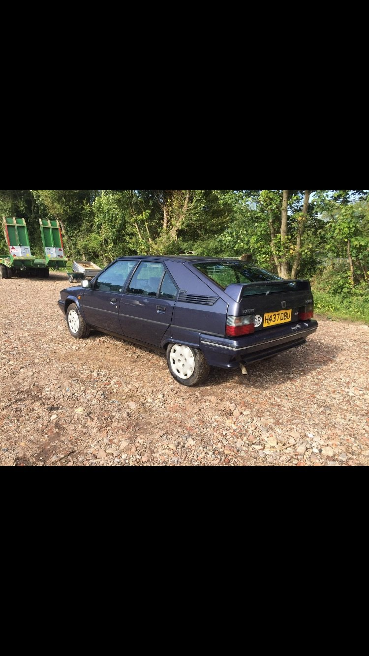 1990 Citroen bx gti light project  For Sale (picture 1 of 4)