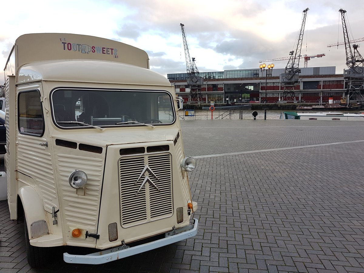 1970 Citroen H Van Catering Food Truck For Sale (picture 6 of 6)