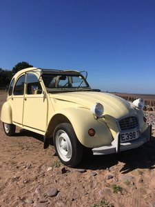 1988 Citroen 2cv, star of BBC series Delightful restore