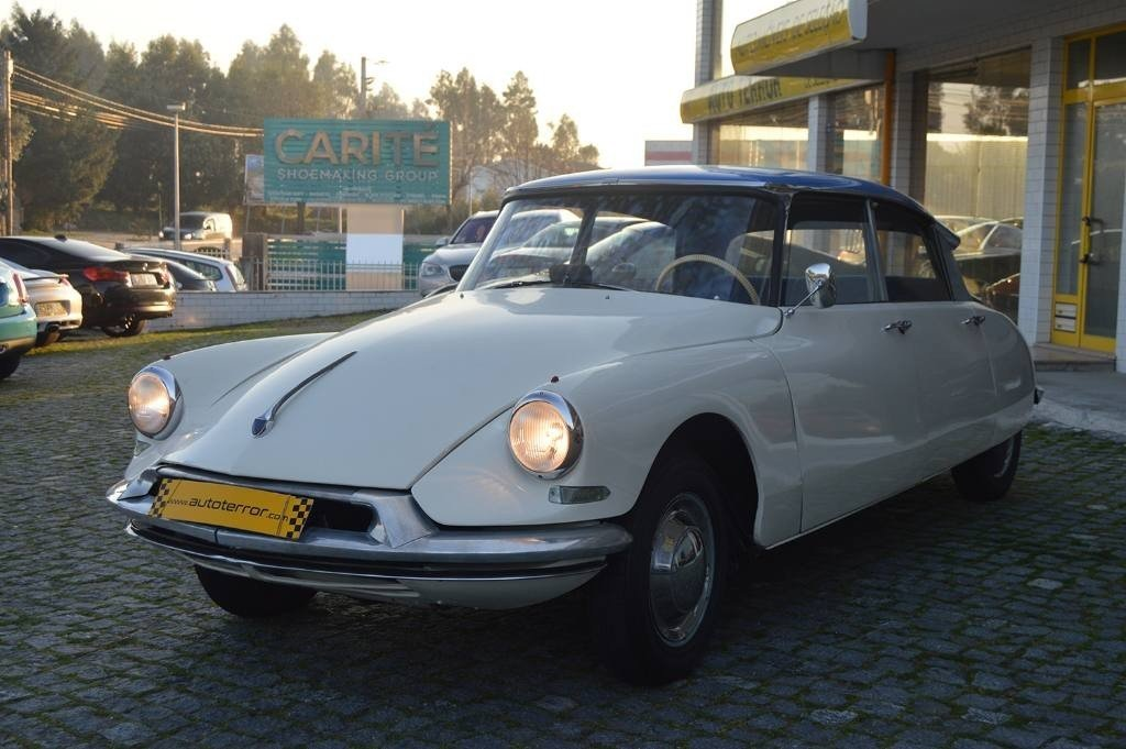 1962 Citroen ID 19 For Sale (picture 2 of 6)