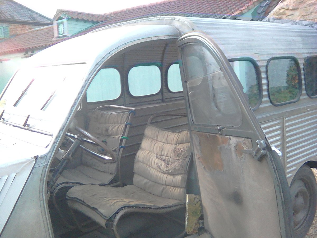 1952  2CV Citroen   AU  Series Van   RIPPLE BONNET For Sale (picture 4 of 6)