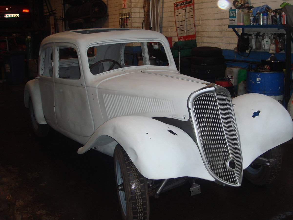 1955 Citroen Traction Light 15 RHD For Sale (picture 3 of 6)
