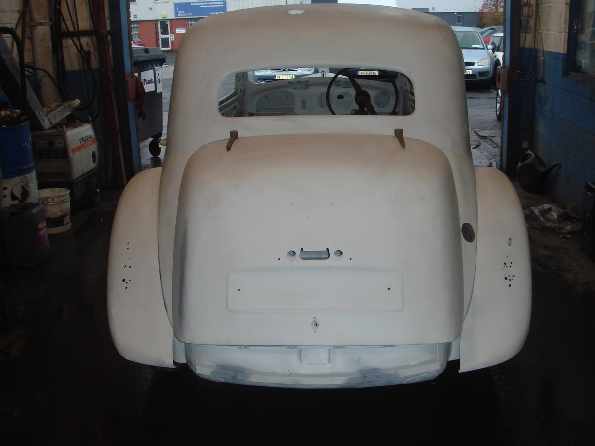 1955 Citroen Traction Light 15 RHD For Sale (picture 4 of 6)