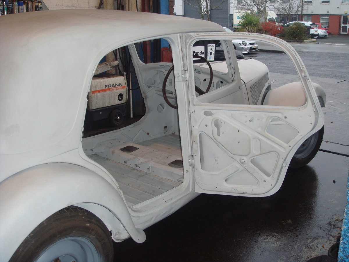 1955 Citroen Traction Light 15 RHD For Sale (picture 6 of 6)