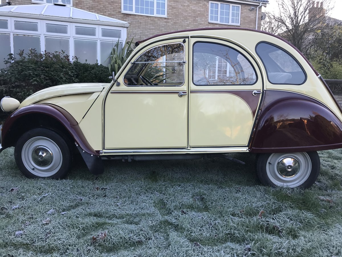1986 Citroen 2CV plums and custard Galvanised chassis  For Sale (picture 3 of 6)