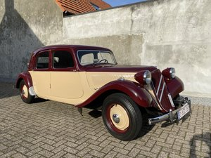 Citroen traction two-tone Beautiful restored