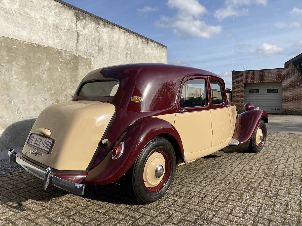 1954 Citroen traction two-tone Beautiful restored  For Sale (picture 2 of 6)