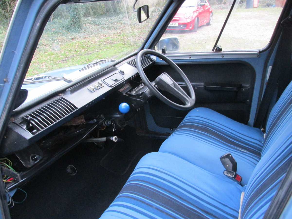 1980 citroen 2cv/dyane now sold ! now sold!!! SOLD (picture 2 of 6)