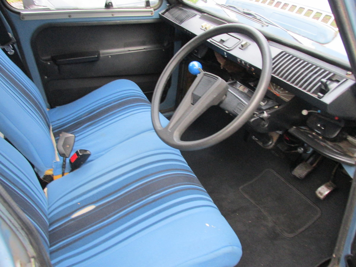 1980 citroen 2cv/dyane now sold ! now sold!!! SOLD (picture 4 of 6)