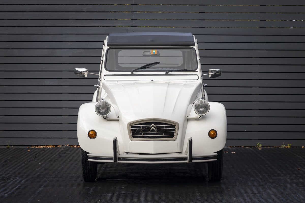 1988 Citreon 2CV CLUB LHD SOLD (picture 12 of 23)