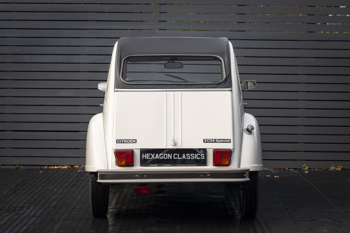 1988 Citreon 2CV CLUB LHD SOLD (picture 13 of 23)