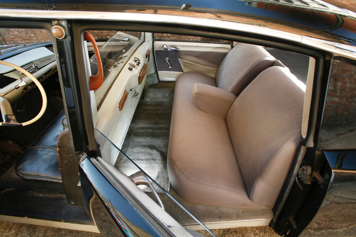 1959 Citroen DS19 Prestige Saloon by Chapron For Sale (picture 5 of 6)