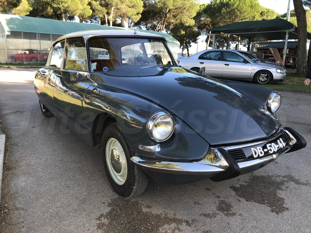 1967 CITROEN ID19 For Sale (picture 1 of 6)