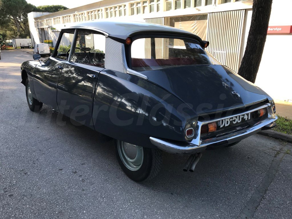 1967 CITROEN ID19 For Sale (picture 2 of 6)