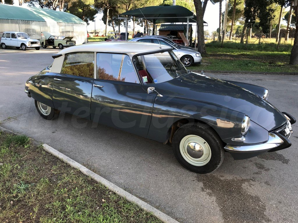 1967 CITROEN ID19 For Sale (picture 3 of 6)