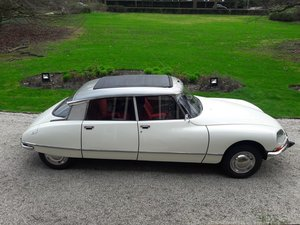 Picture of Citroën DS 1972 D super.       26950 euro SOLD