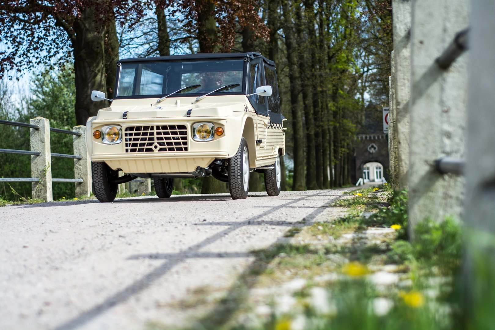1972 New Mehari Beige Hoggar 600km 4 pers.  For Sale (picture 1 of 6)