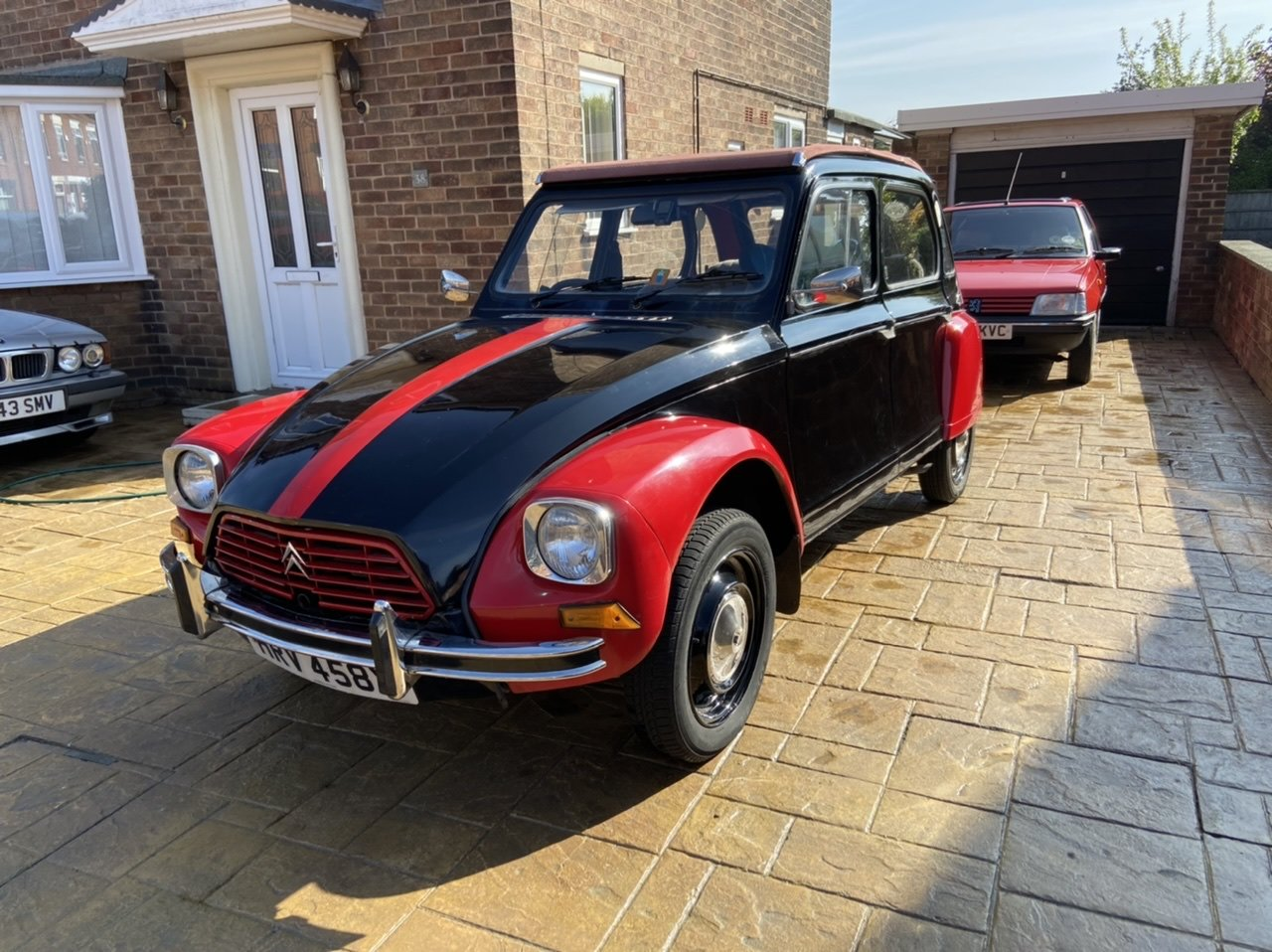1982 Citroen Dyane Black/Red SOLD (picture 1 of 6)