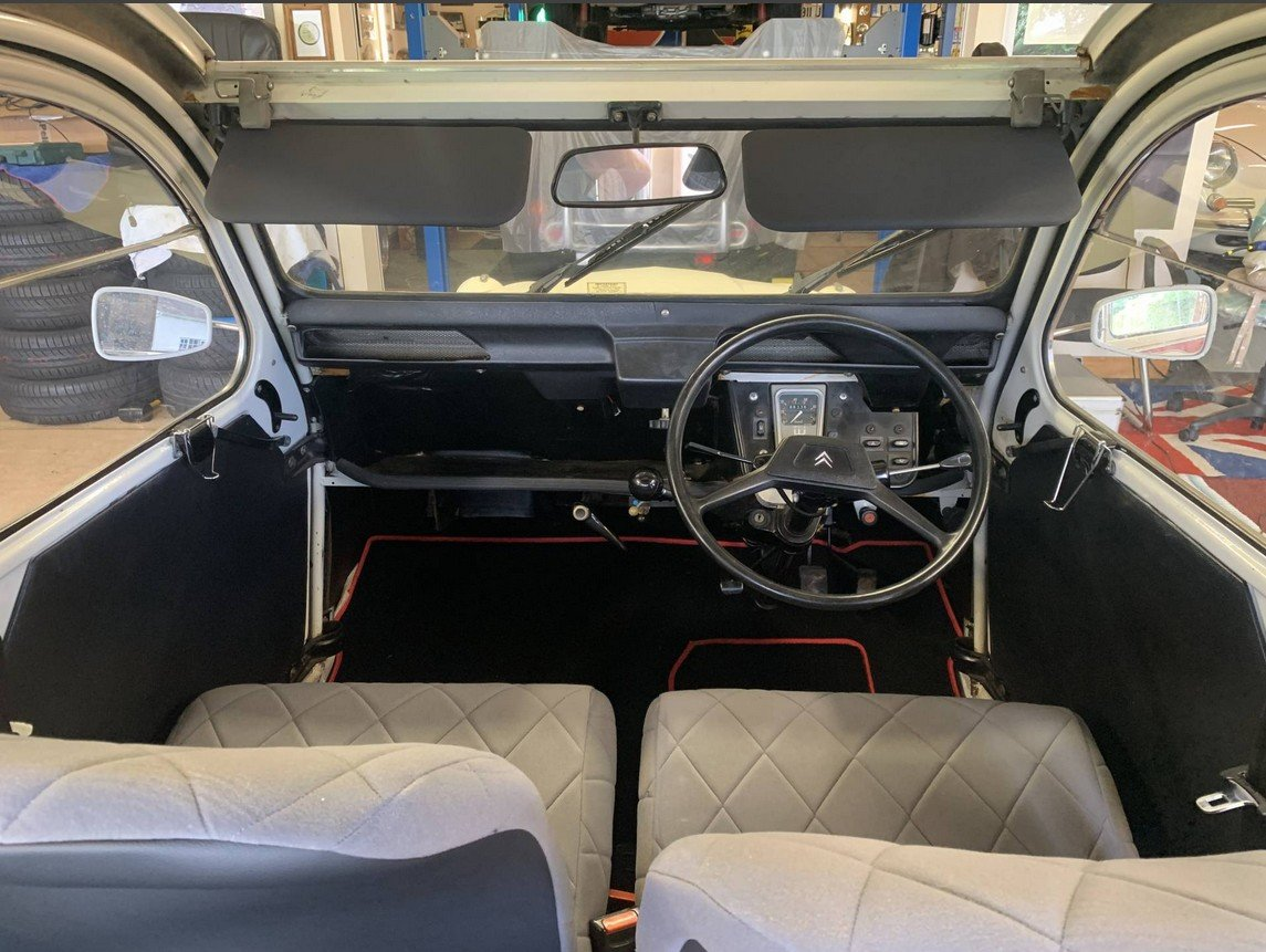 1990 Citroen 2cv6 - last day of production - rhd For Sale (picture 6 of 6)