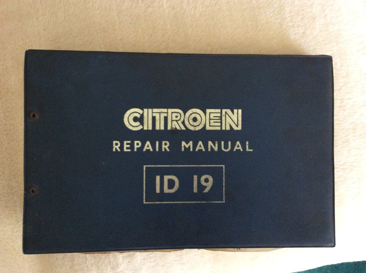 Citroen DS Repair Manual in English Rare For Sale (picture 1 of 3)
