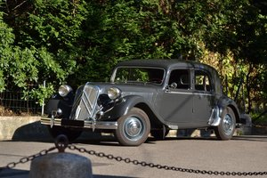 1954 Citroën Traction 15-Six H berline No reserve For Sale by Auction