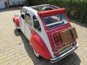 Citroen Paris  built 2cv dolly