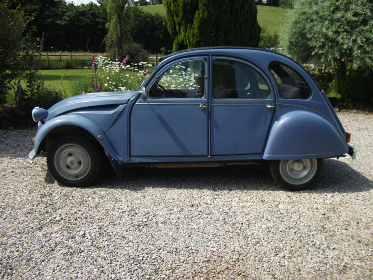 1986 Citroen 2CV6 Special SOLD (picture 2 of 6)