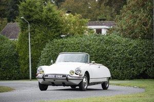 Picture of 1964 Citroën DS 19 Cabriolet par Henri Chapron For Sale by Auction