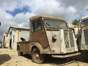 Picture of 1974 Citroen HY pick up