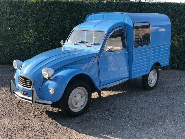 1976 LHD Citroën 2CV Furgoncino For Sale (picture 1 of 6)