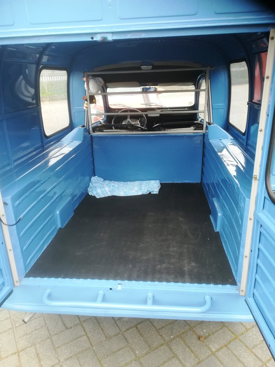 1976 LHD Citroën 2CV Furgoncino For Sale (picture 5 of 6)