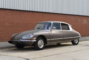 Citroën DS21 EFI Pallas Automatique (RHD)