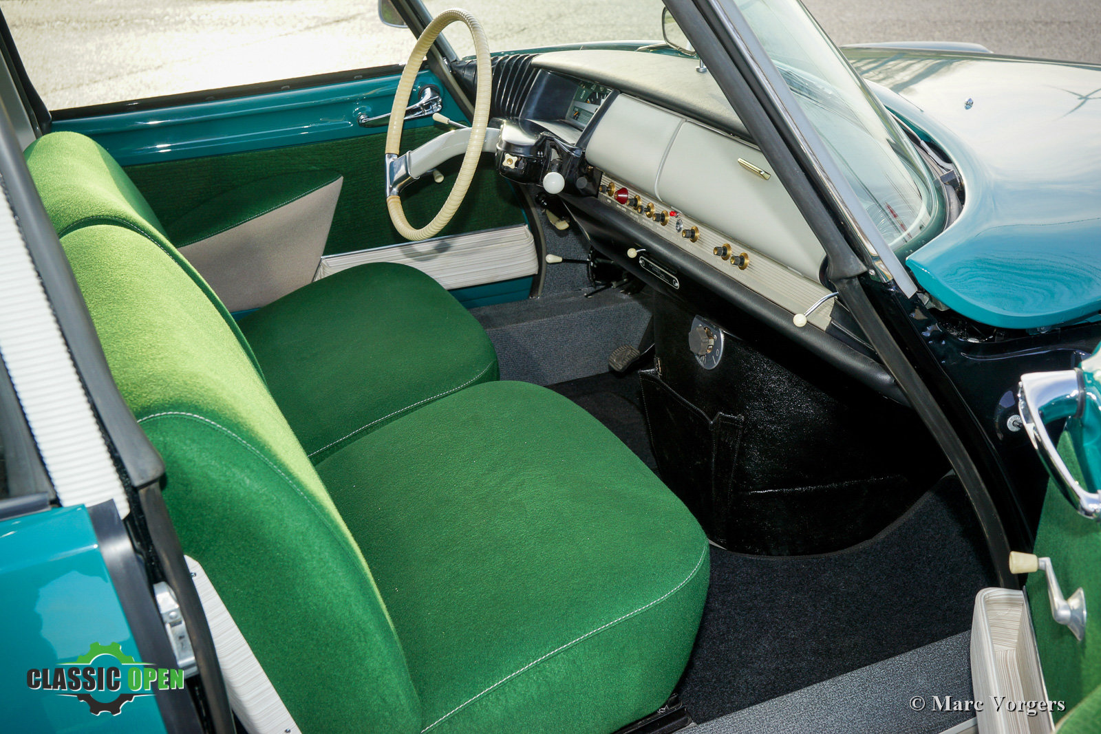 1964 Excellent Citroen ID 19P (LHD) For Sale (picture 3 of 12)