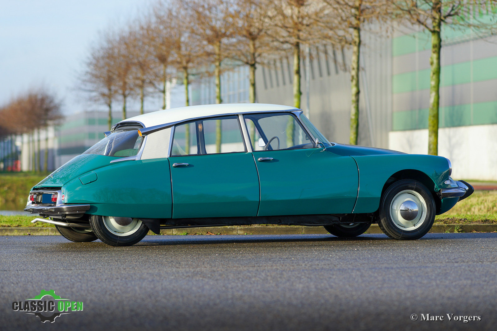 1964 Excellent Citroen ID 19P (LHD) For Sale (picture 5 of 12)