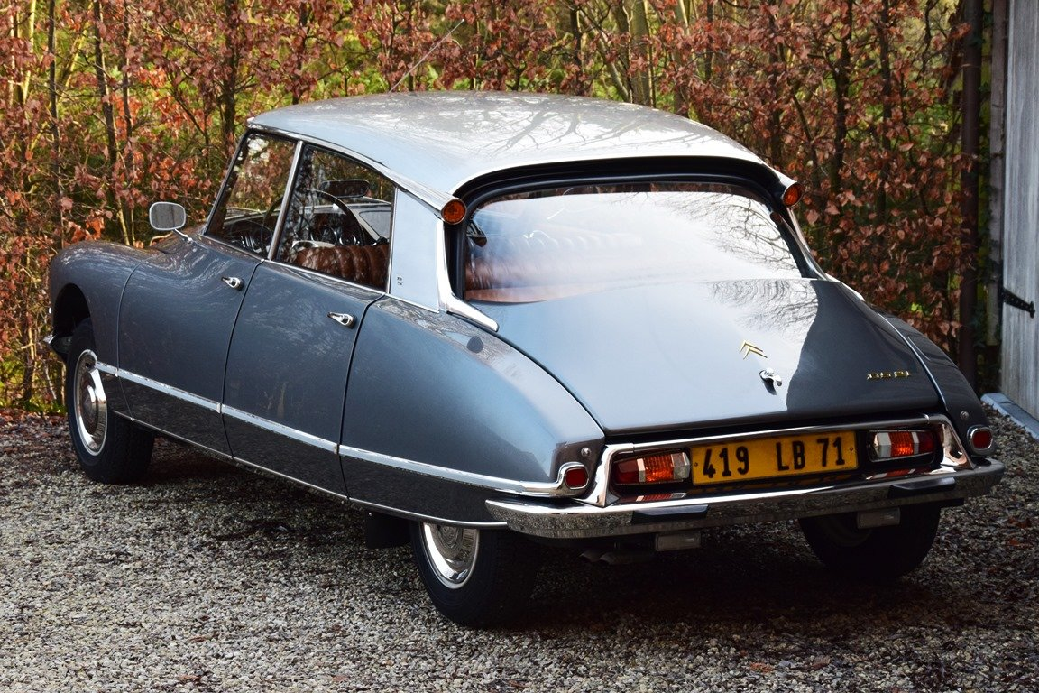 1965 Completely restored Citroën DS21 Pallas with Jaeger dash For Sale (picture 3 of 12)