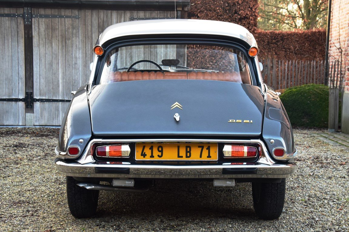 1965 Completely restored Citroën DS21 Pallas with Jaeger dash For Sale (picture 5 of 12)