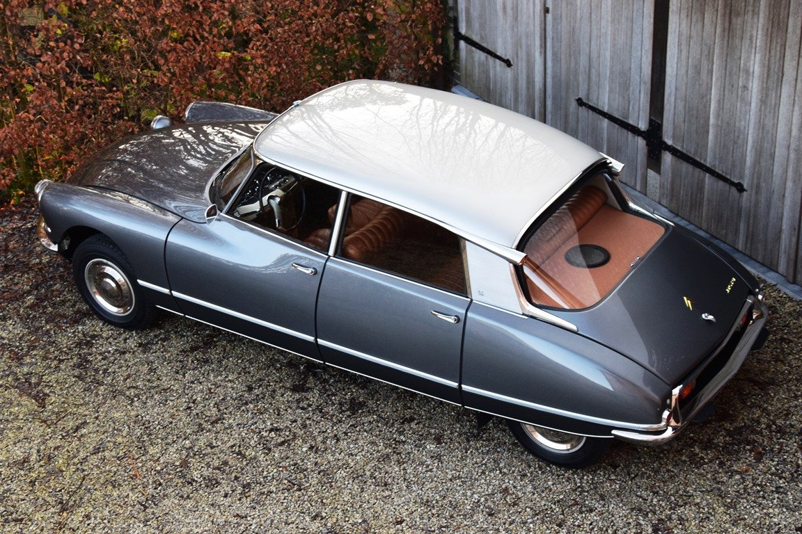 1965 Completely restored Citroën DS21 Pallas with Jaeger dash For Sale (picture 6 of 12)