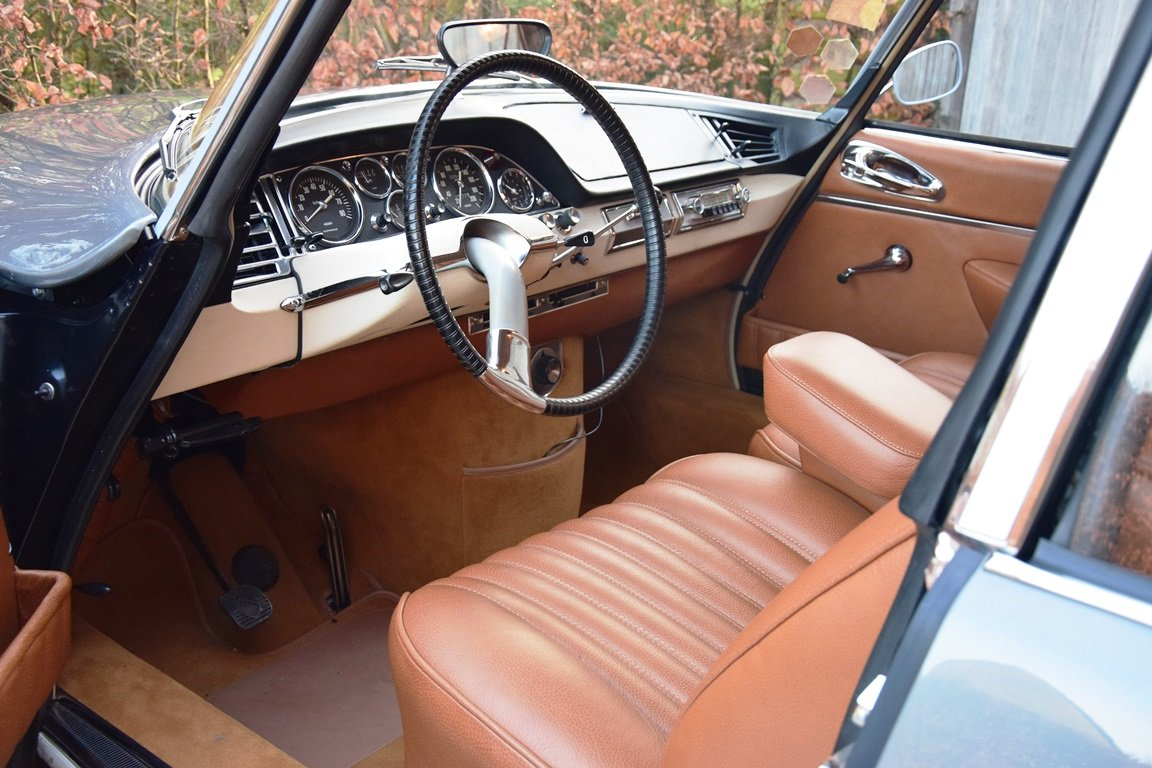 1965 Completely restored Citroën DS21 Pallas with Jaeger dash For Sale (picture 7 of 12)