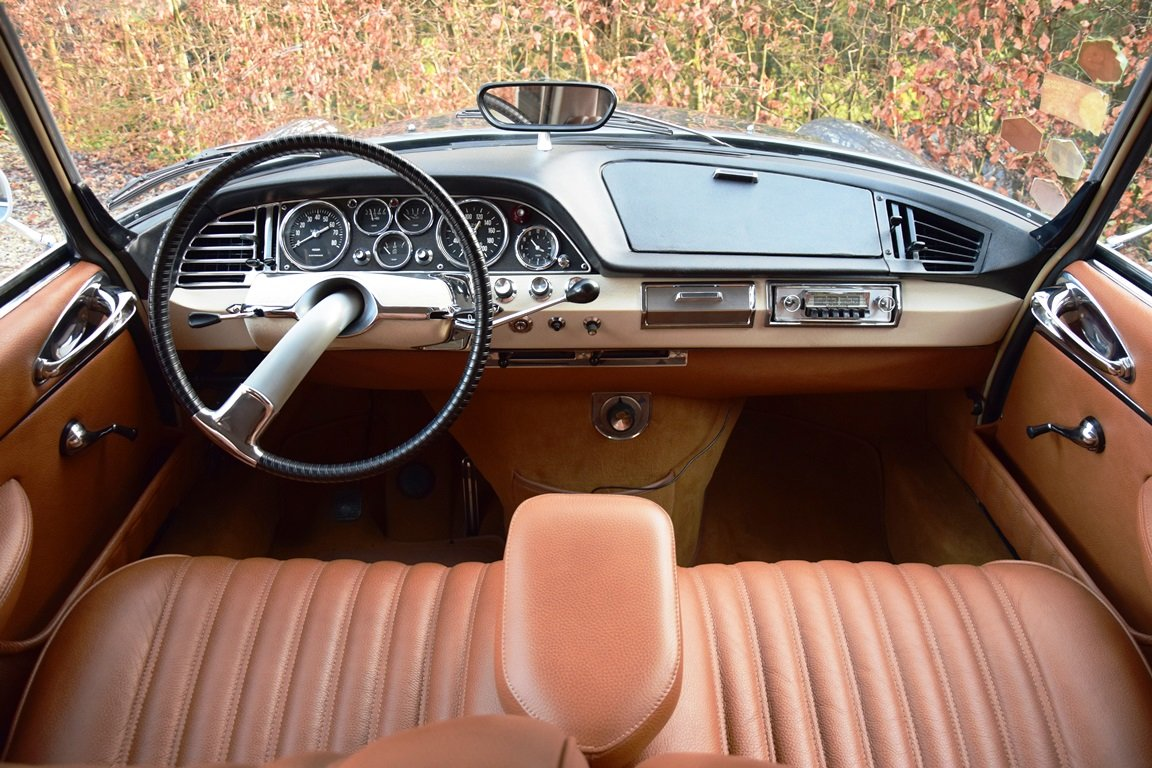 1965 Completely restored Citroën DS21 Pallas with Jaeger dash For Sale (picture 8 of 12)