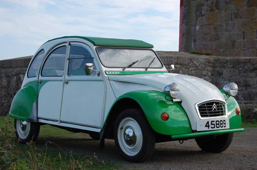 1989 Citroen 2CV Dolly for hire from £120 per day For Hire (picture 6 of 6)
